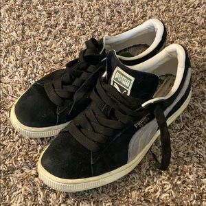 PUMA SNEAKERS 👟 SIZE 5.5